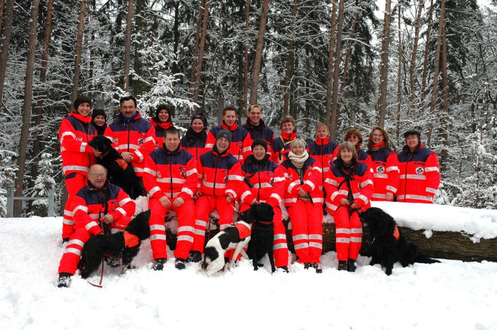 Gruppenfoto der DRV-Rettungshundestaffel